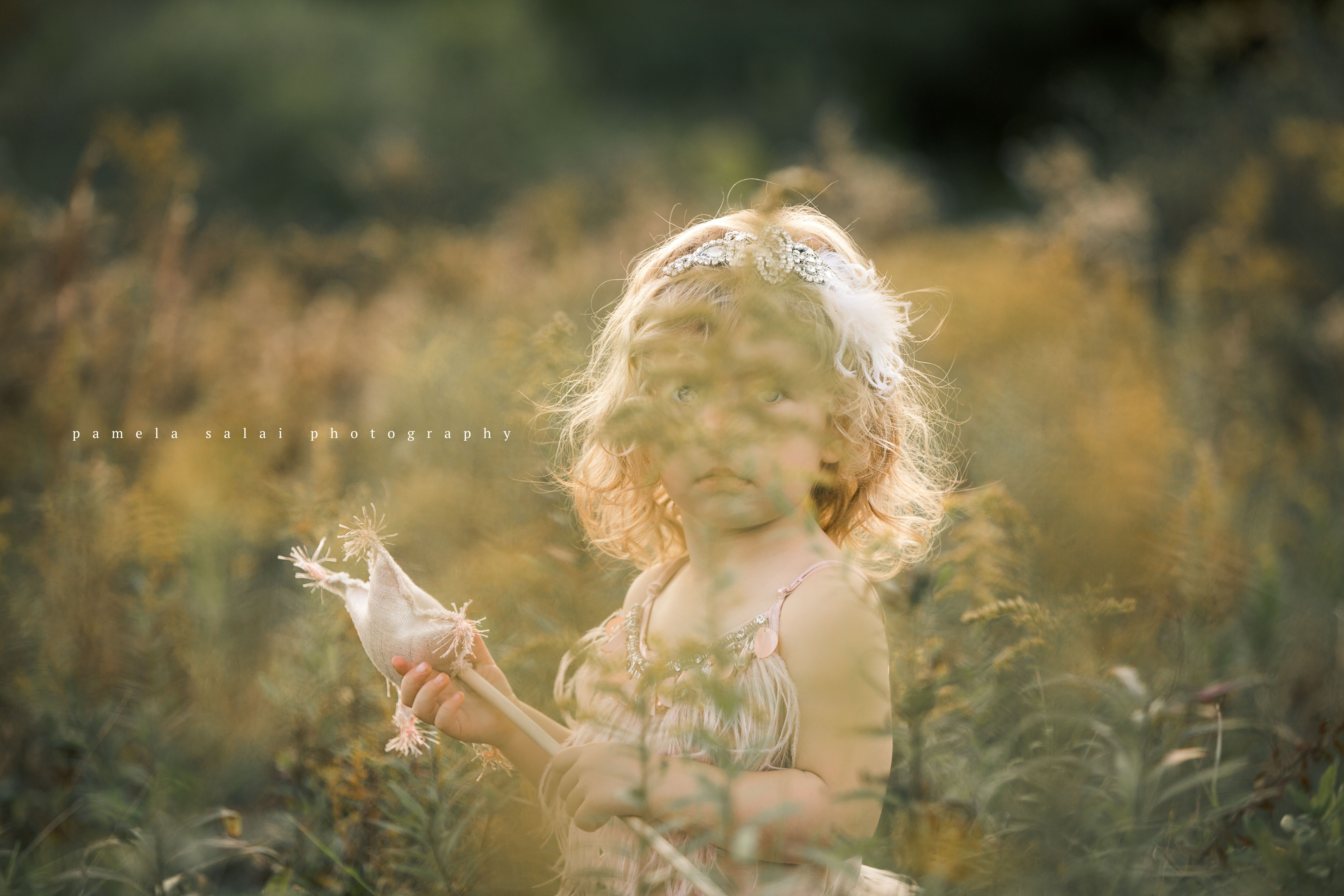 pamela-salai-photography artist pose idea star child magical