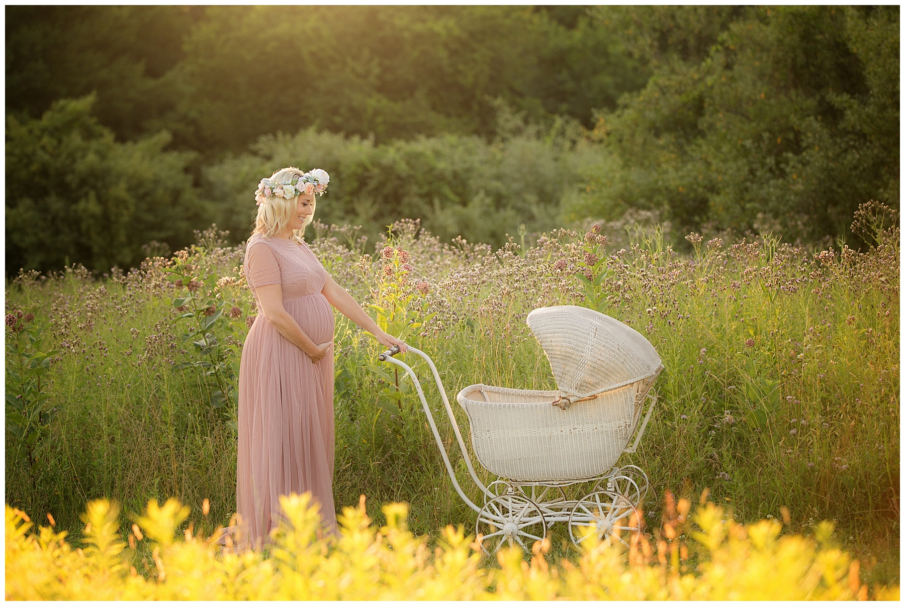 family maternity boho pittsburgh editorial style mum vintage carriage