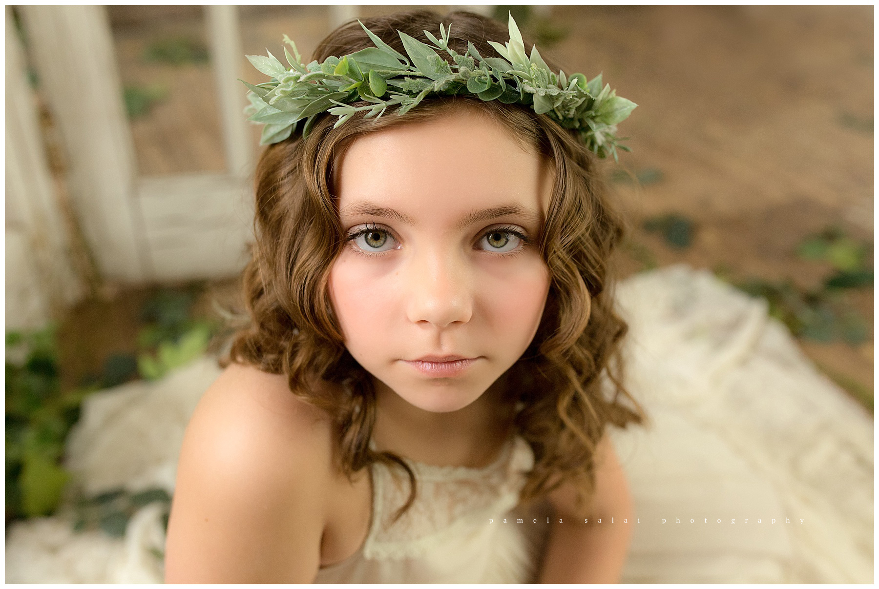 secret garden pamela salai photography wanderlight studio natural light child posing