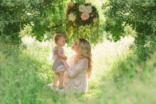 Pittsburgh boho maternity life is a dream lush green film like