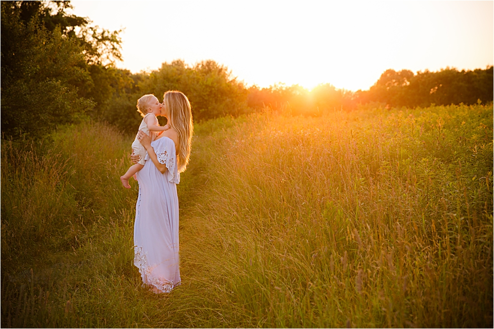 Fillyboo maternity wild grasses golden hour boy mom Pittsburgh photographer