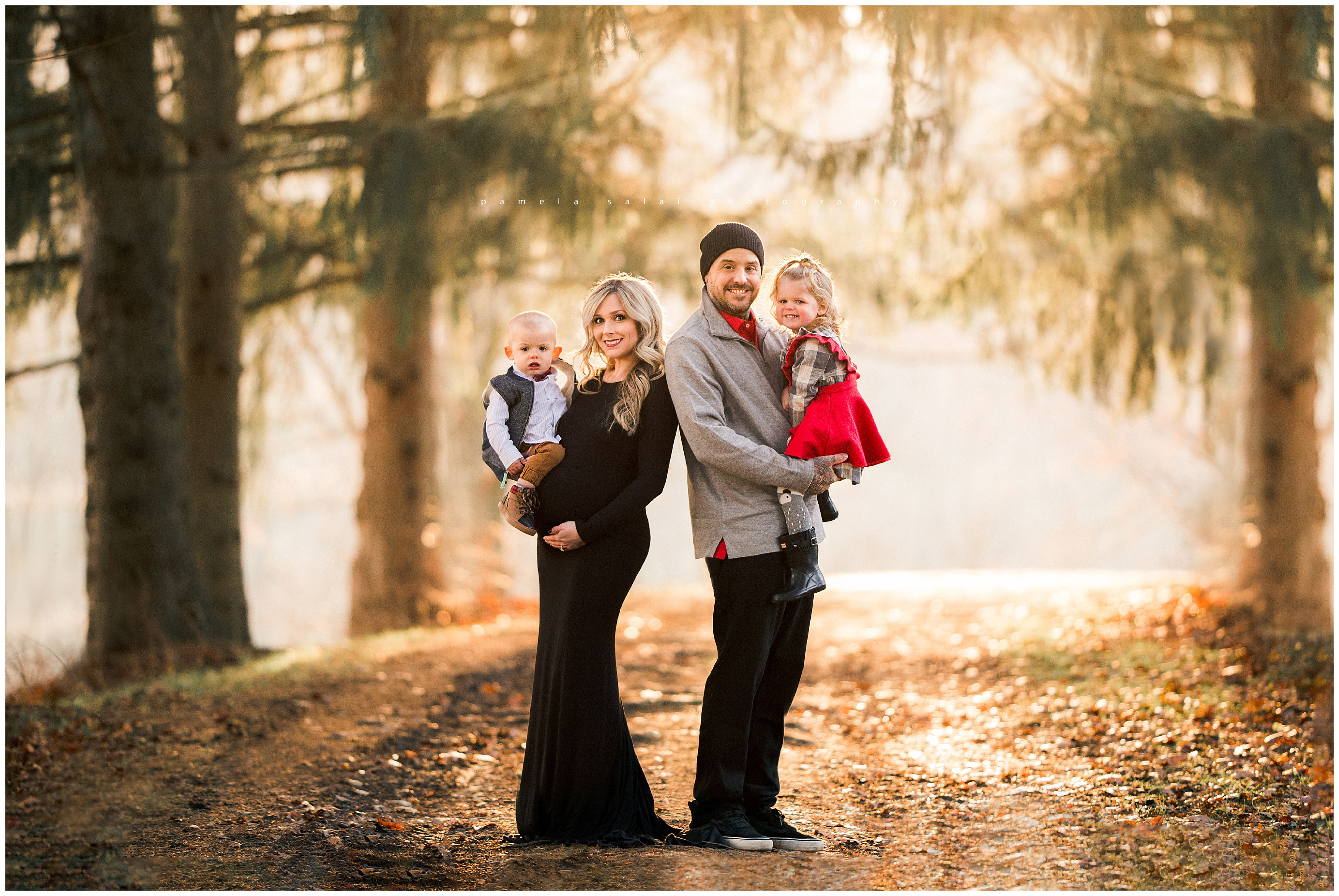 Golden hour family maternity ,film like