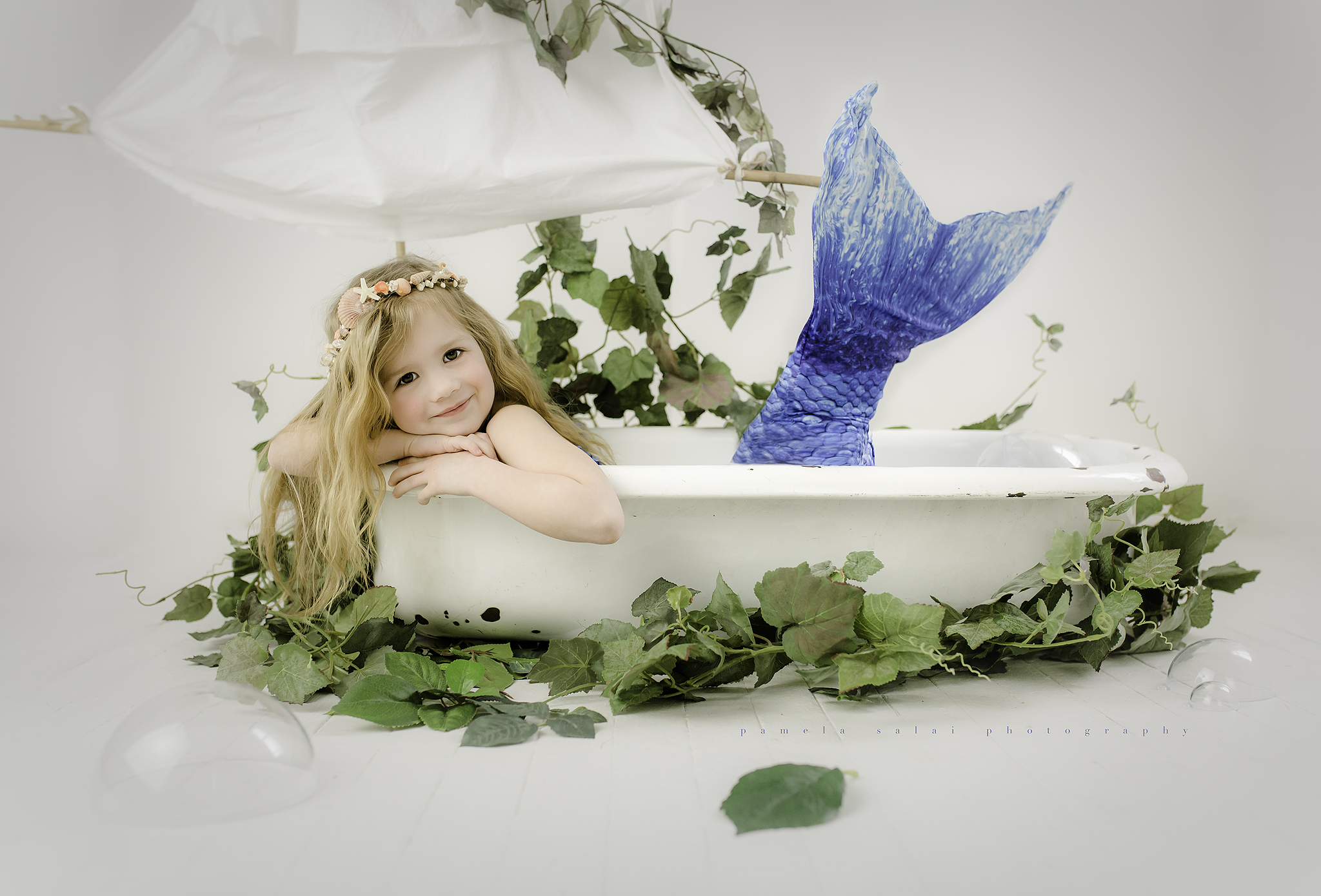 pittsburgh child photographer bathtub mermaid