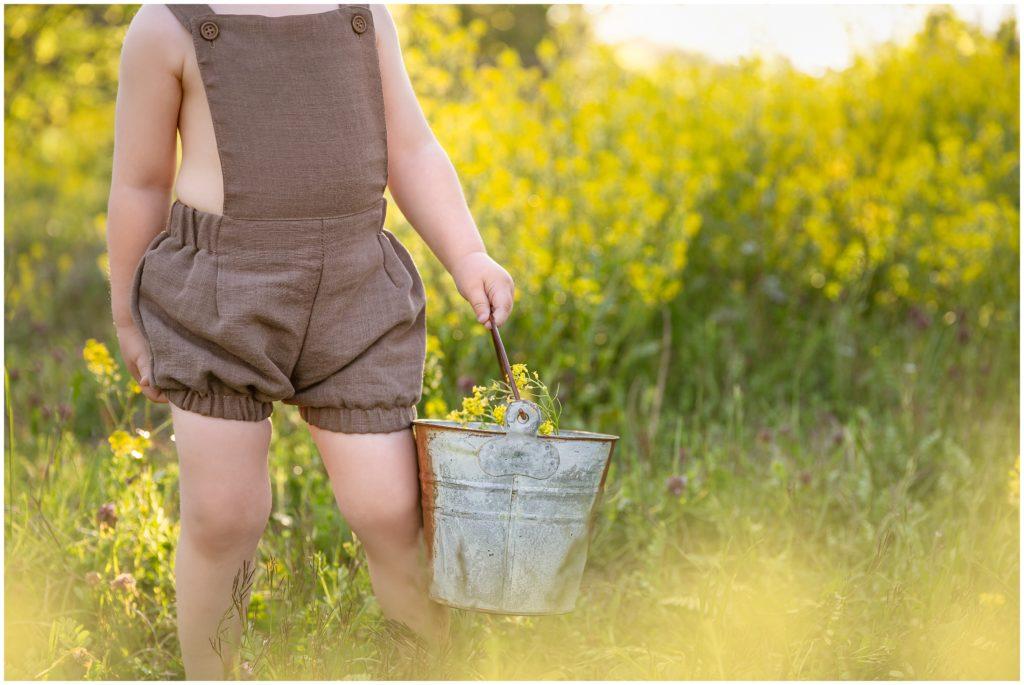 childrens photographer pittsburgh yellow wild flowers